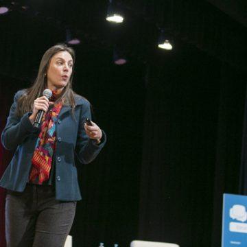 Fórum de Lideranças: entrevista com Carolina da Costa