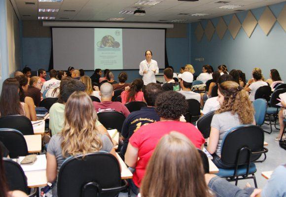 Barreiras culturais são desafio ao ensino híbrido na educação