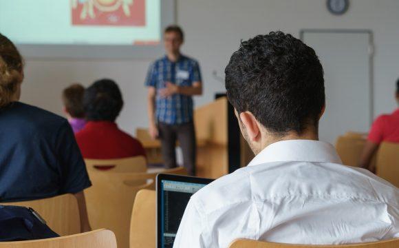 Censo EAD Brasil: capacitação docente