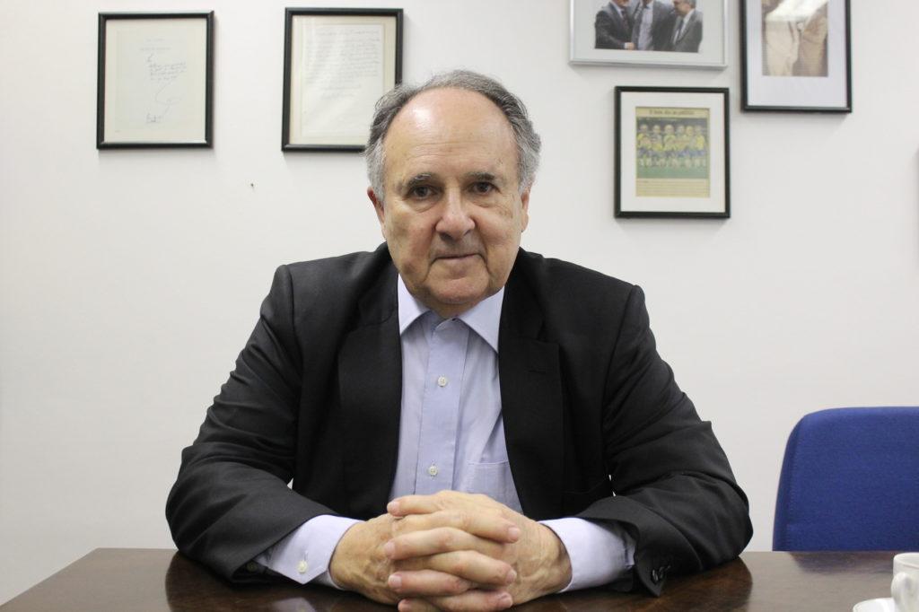Na visão do senador, a federalização das escolas de nível fundamental e médio pode colocar o Brasil entre os países mais desenvolvidos do mundo (Foto: Max Aquino ASCOM- SCB)