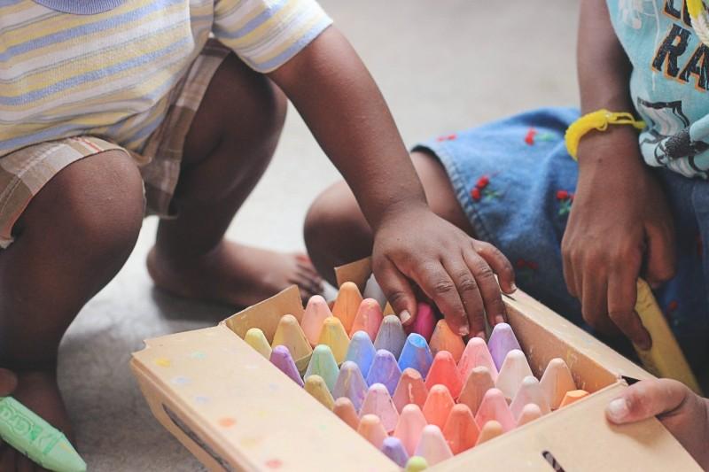 O estímulo à criatividade e à imaginação são ferramentas para o desenvolvimento cognitivo de crianças e adolescentes