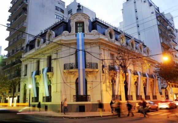 Por que os brasileiros estão indo para as universidades da Argentina