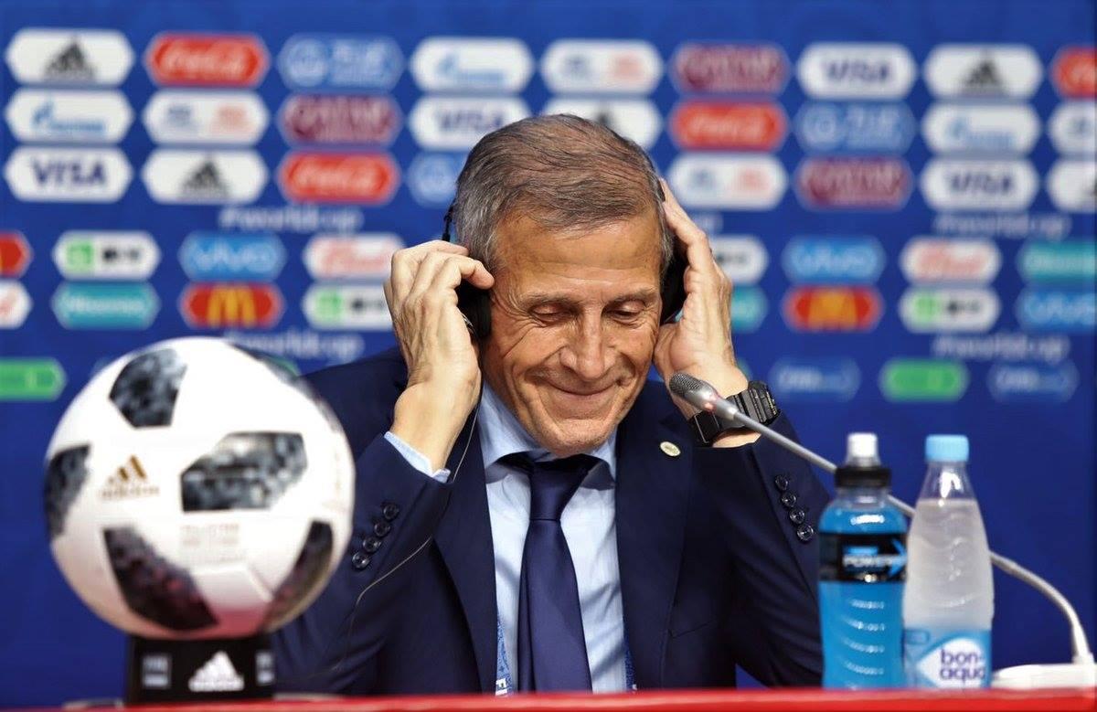 Óscar Tabárez está em sua quarta Copa do Mundo como treinador do Uruguai