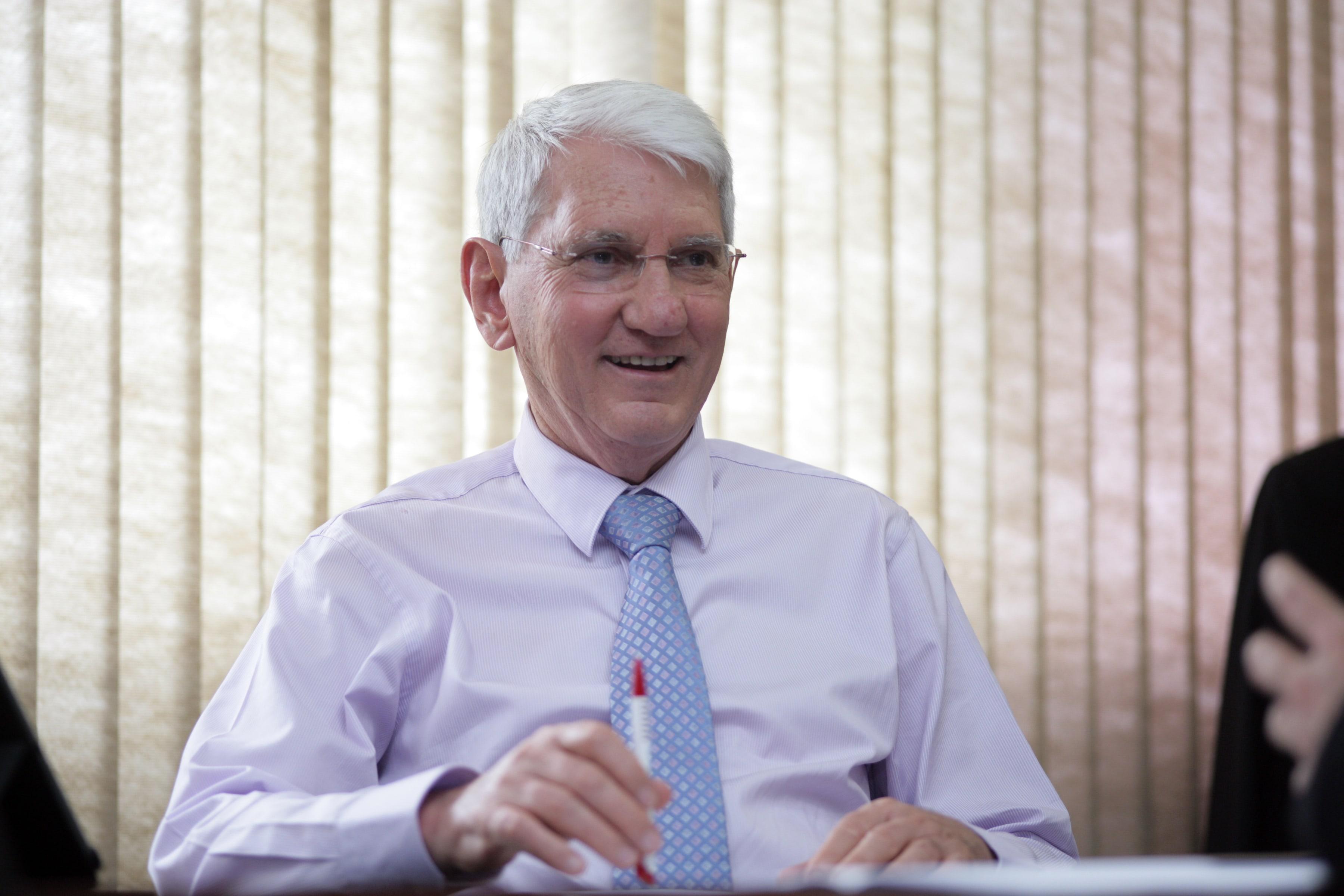 Presidente e fundador do Grupo Projeção, Oswaldo Saenger (Foto: UniProjeção/divulgação)