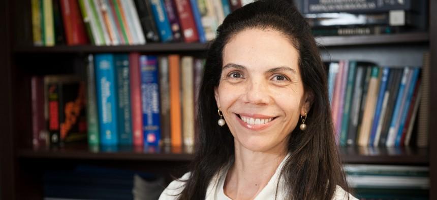 Magda Lahorgue Nunes, vice-diretora do Instituto do Cérebro, explica que uma noite mal dormida desregula o organismo a tal ponto de prejudicar a tomada de decisões, a resolução de problemas e, claro, o aprendizado. Crédito: divulgação.