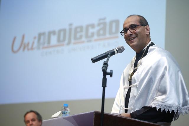 José Sérgio de Jesus, reitor do Centro Universitário Projeção e diretor de Educação do Grupo Projeção (Foto: divulgação)