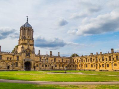 A Woolf University foi criada por pesquisadores da Universidade de Oxford, na Inglaterra (Foto: Unsplash)