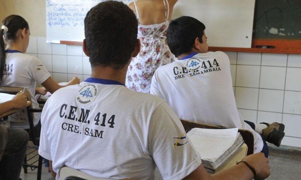 Estudantes de baixa renda são os mais prejudicados pela quarentena. Crédito: Agência Brasil.