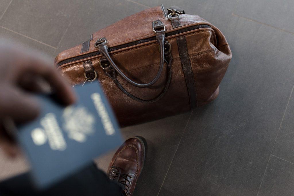Os Estados Unidos informou que os estudantes estrangeiros que estiverem estudando de forma 100% online devem sair do país.
