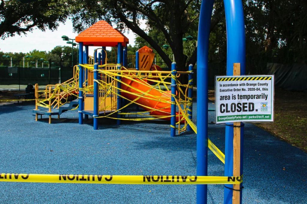 Com o aumento da evasão e inadimplência, as escolas de educação infantil encerram as operações. Crédito: Unsplash.