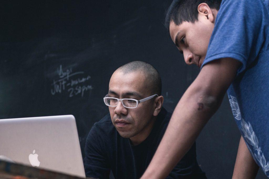 O mundo está mudando e a sala de aula digital deve se estender a todos os níveis escolares.