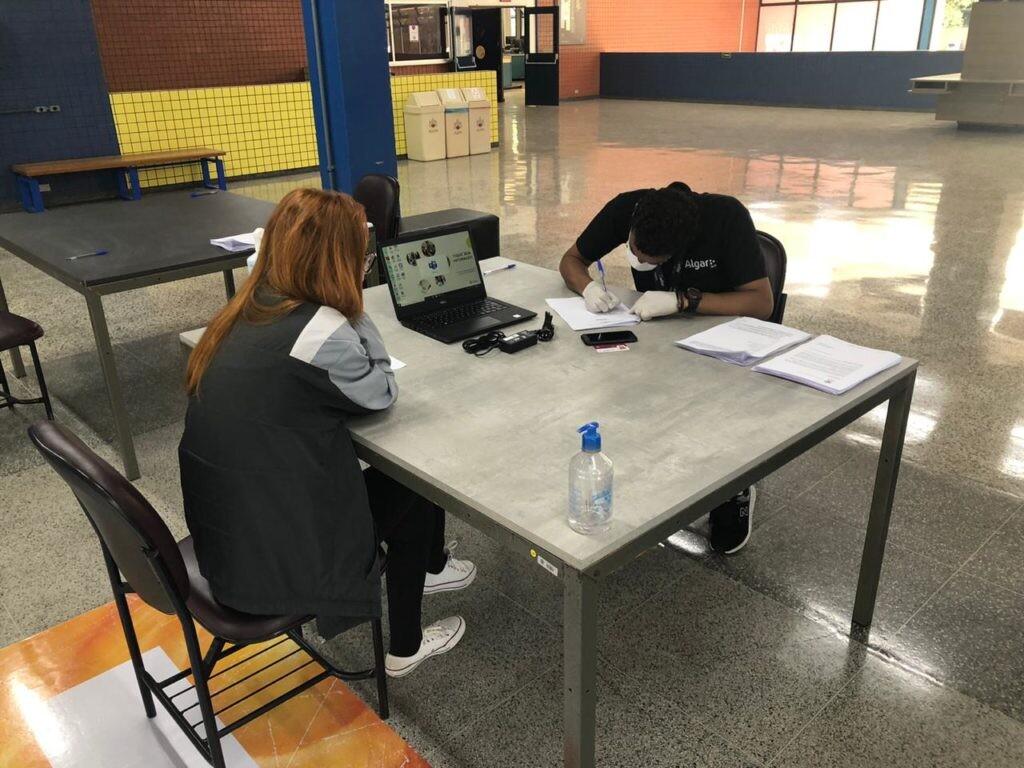 Na PUCPR, estudante pode se cadastrar para empréstimo de notebook enquanto durar ensino híbrido